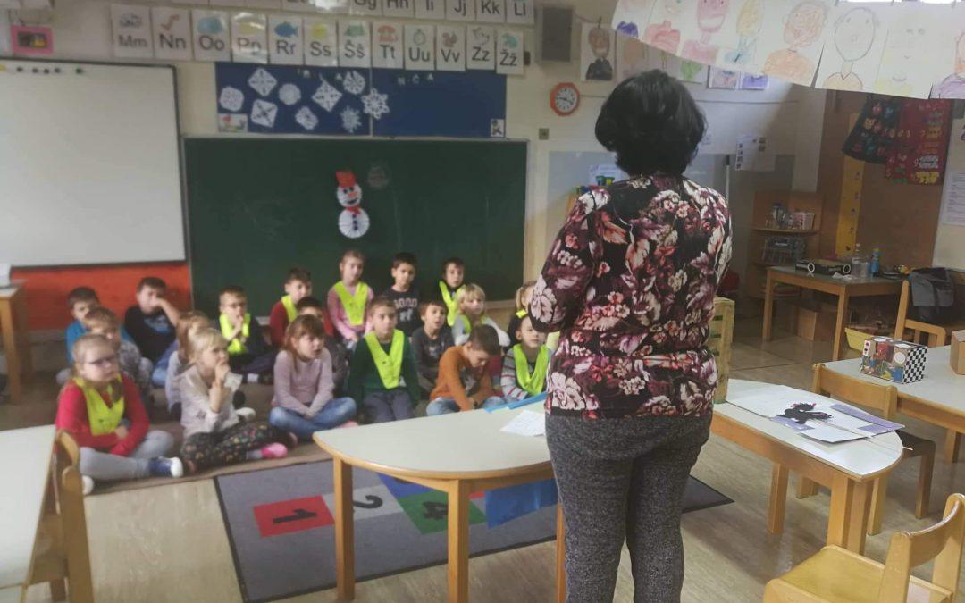 Lutkovna predstava za prvošolce