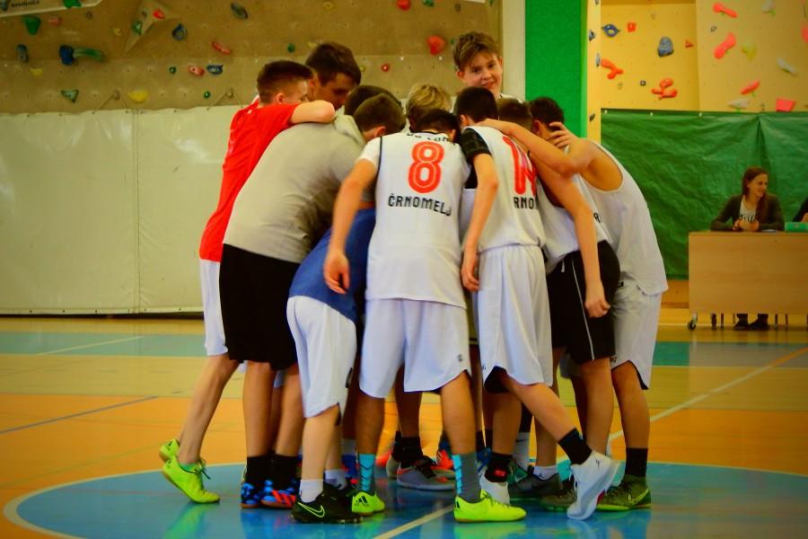 Košarka – starejši dečki